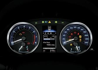 Altis 1.8 E MT số sàn ảnh 11 - Đánh giá Toyota Altis 1.8 E MT 2020: Đẳng cấp phái mạnh