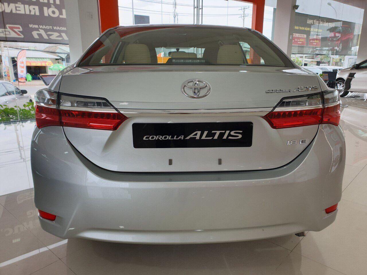 Altis 1.8 E MT số sàn ảnh 5 - Altis 1.8 E MT [hienthinam] số sàn: khuyến mãi và giá xe cập nhật mới
