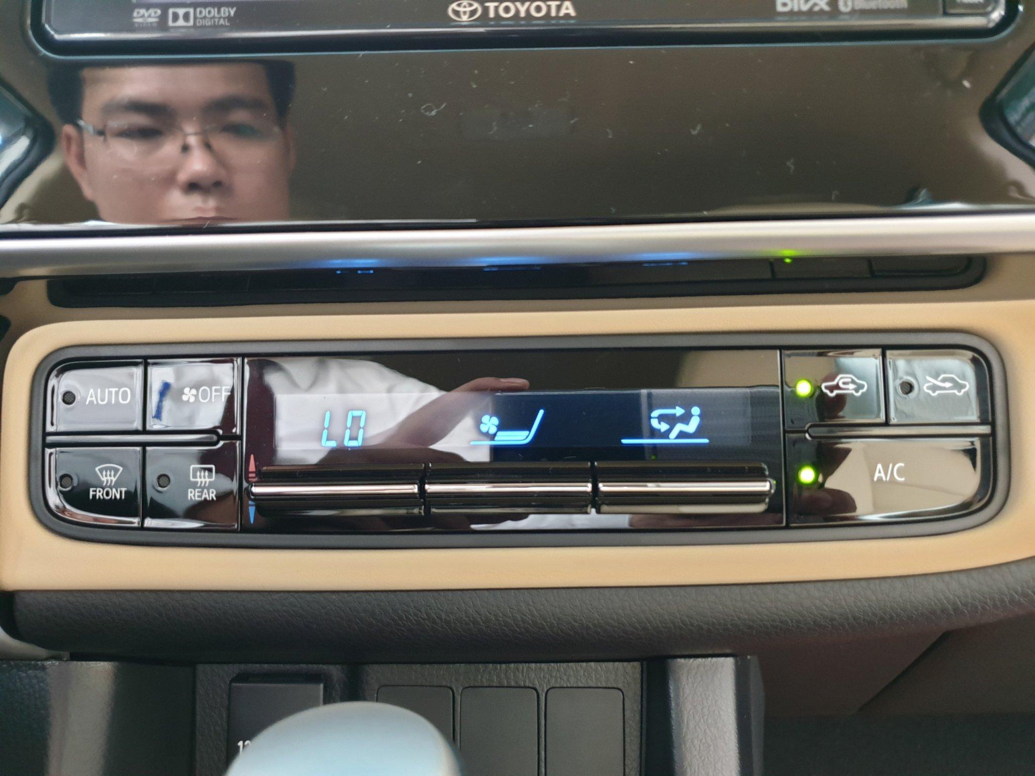 Altis 1.8 G CVT ảnh 18 - Altis 1.8 G CVT [hienthinam]: khuyến mãi và giá xe cập nhật mới