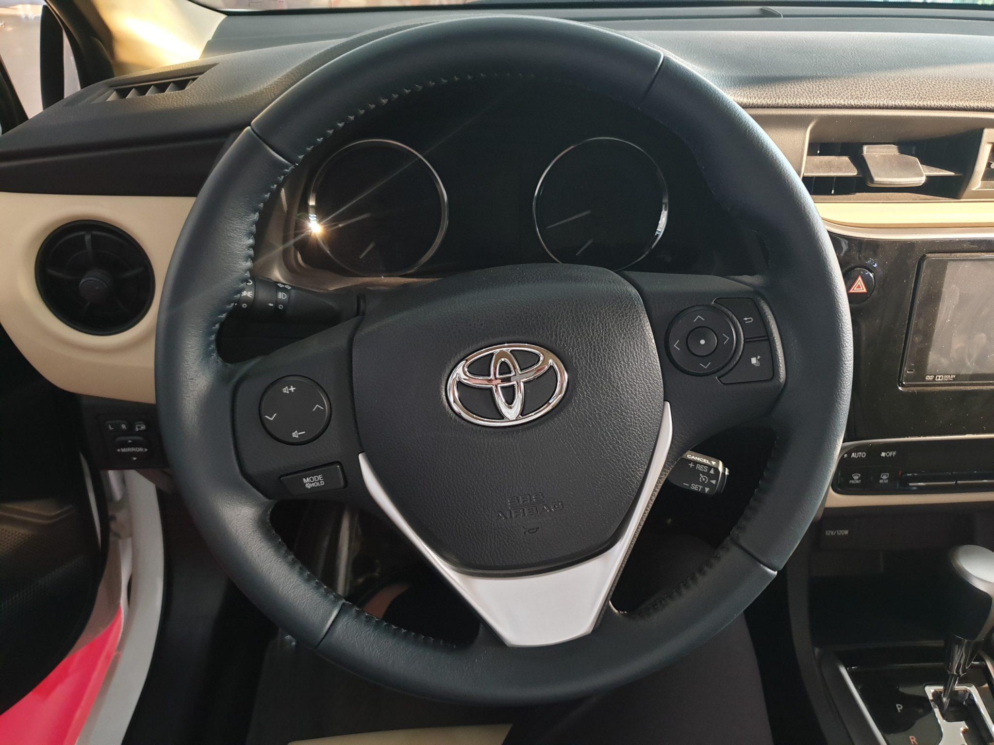 Altis 1.8 G CVT ảnh 3 - Altis 1.8 G CVT [hienthinam]: khuyến mãi và giá xe cập nhật mới