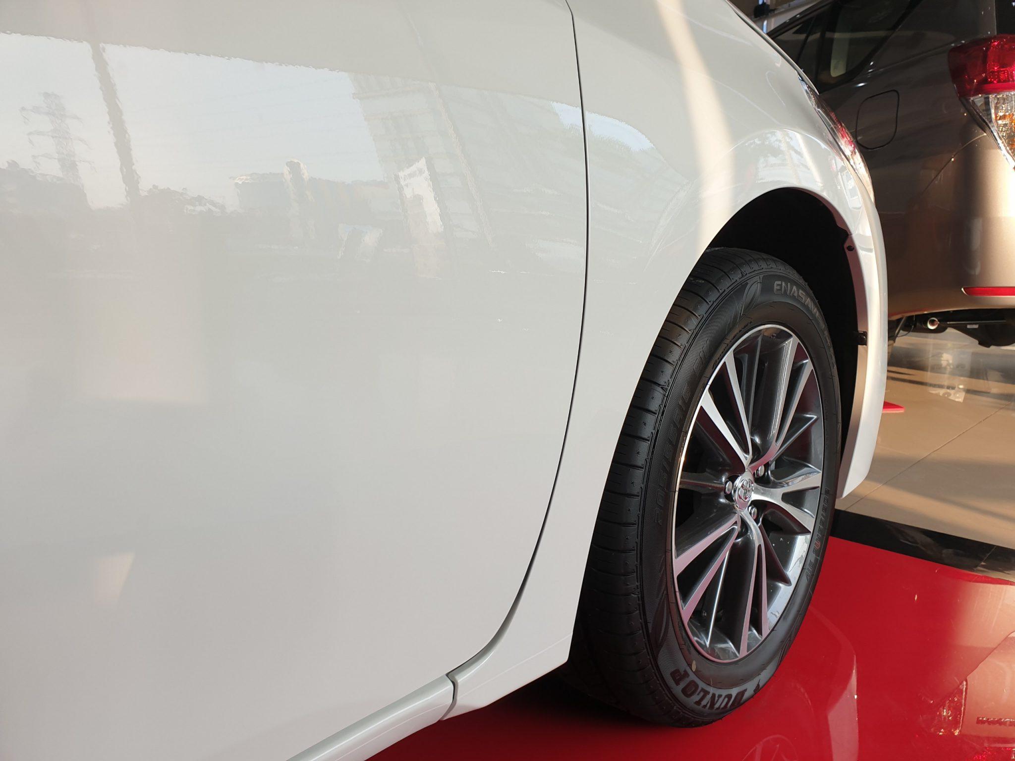 Altis 1.8 G CVT ảnh 9 - Altis 1.8 G CVT [hienthinam]: khuyến mãi và giá xe cập nhật mới