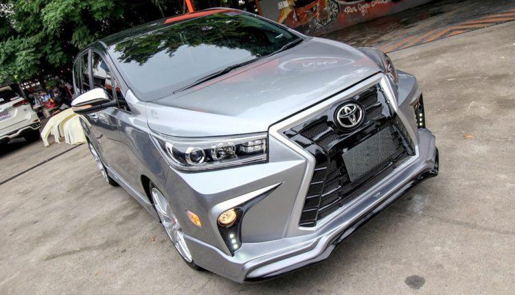 Hình ảnh chiếc xe Innova Crysta ảnh 3 - Toyota Innova: khuyến mãi và giá xe tháng [hienthithang]/[hienthinam]