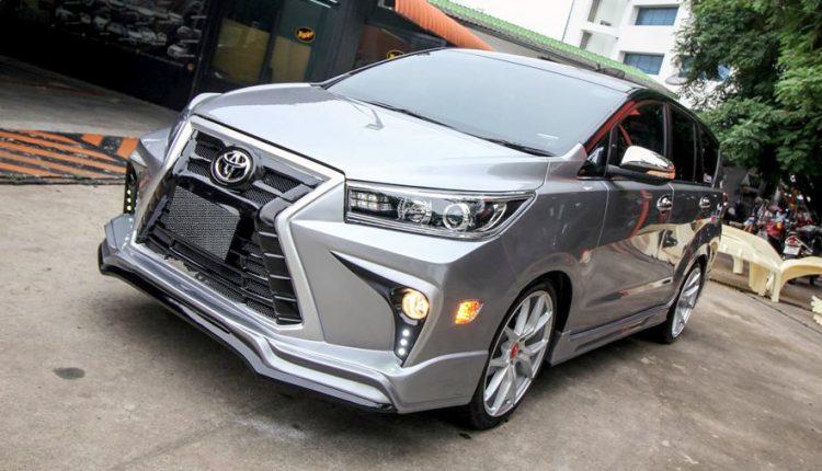 Hình ảnh chiếc xe Innova Crysta ảnh 5 - Toyota Innova: khuyến mãi và giá xe tháng [hienthithang]/[hienthinam]