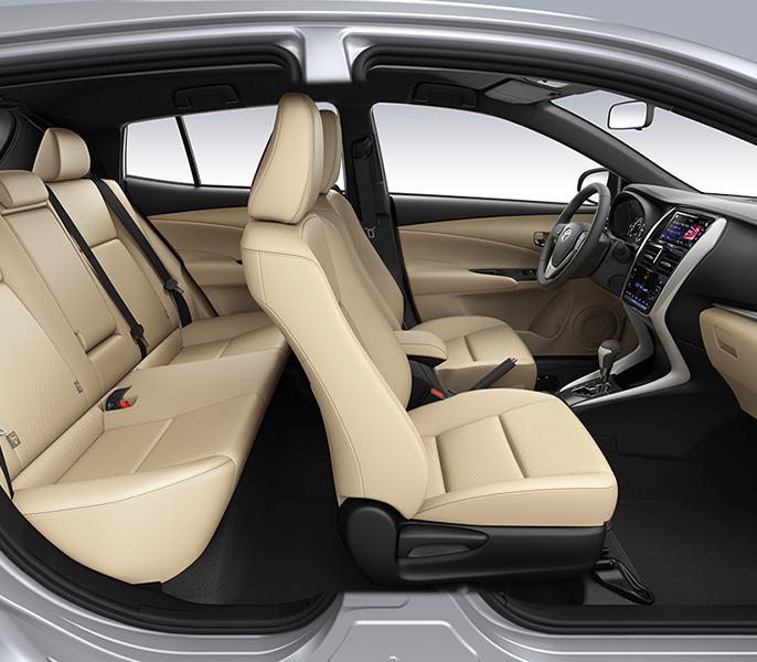 Không gian ngồi bên trong xe Yaris 2019 - Yaris 2020: giá xe và khuyến mãi tháng [hienthithang]