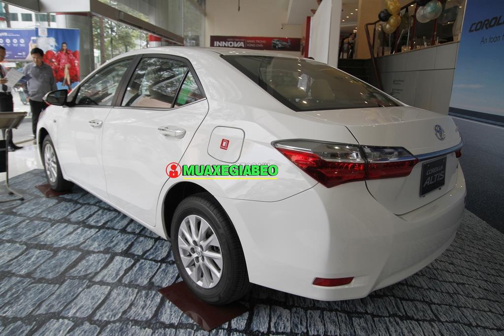 Toyota Corolla Altis 1 8E CVT ảnh 9 - Altis 1.8 E CVT [hienthinam]: khuyến mãi và giá xe cập nhật mới