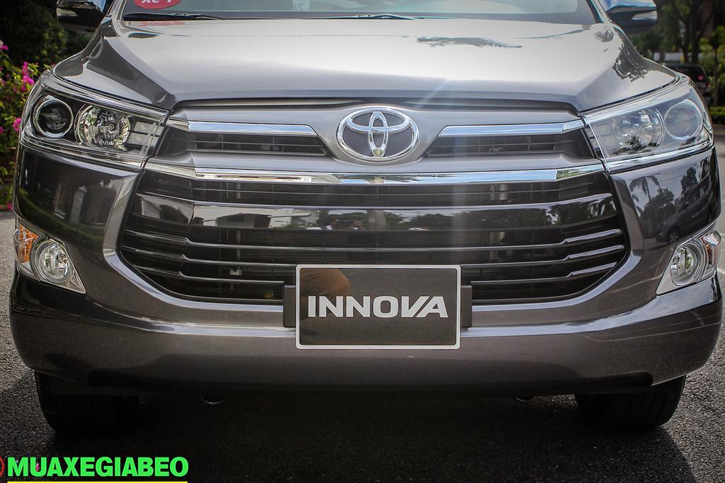 Toyota Innova 2.0 V ảnh 7 - Innova V [hienthinam]: khuyến mãi và giá xe tháng [hienthithang]