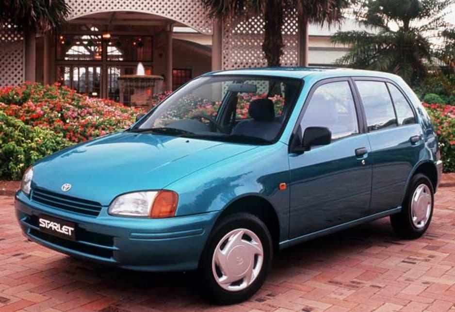 Toyota Starlet 1996 5 - Toyota Yaris: giá xe và khuyến mãi tháng [hienthithang]/[hienthinam]