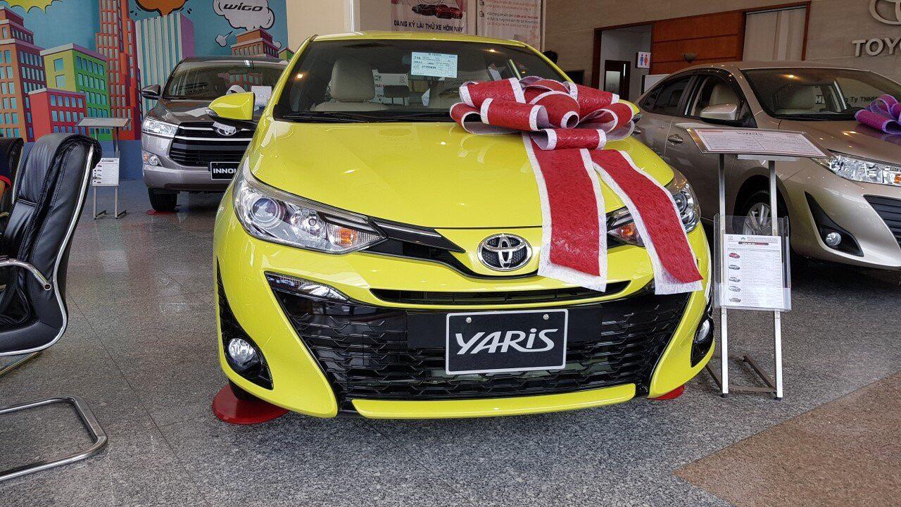 Toyota Yaris ảnh 7 - Bảng giá xe Toyota [hienthinam] được cập nhật liên tục