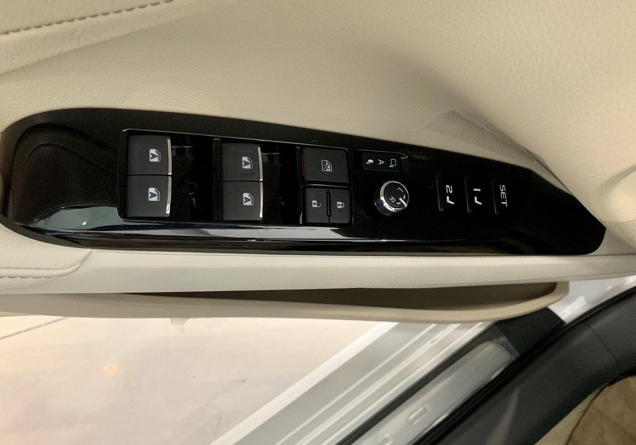 Toyota Camry 2019 nhap khau tai muaxegiabeo - Toyota Camry: giá xe và khuyến mãi cập nhật tháng [hienthithang]/[hienthinam]