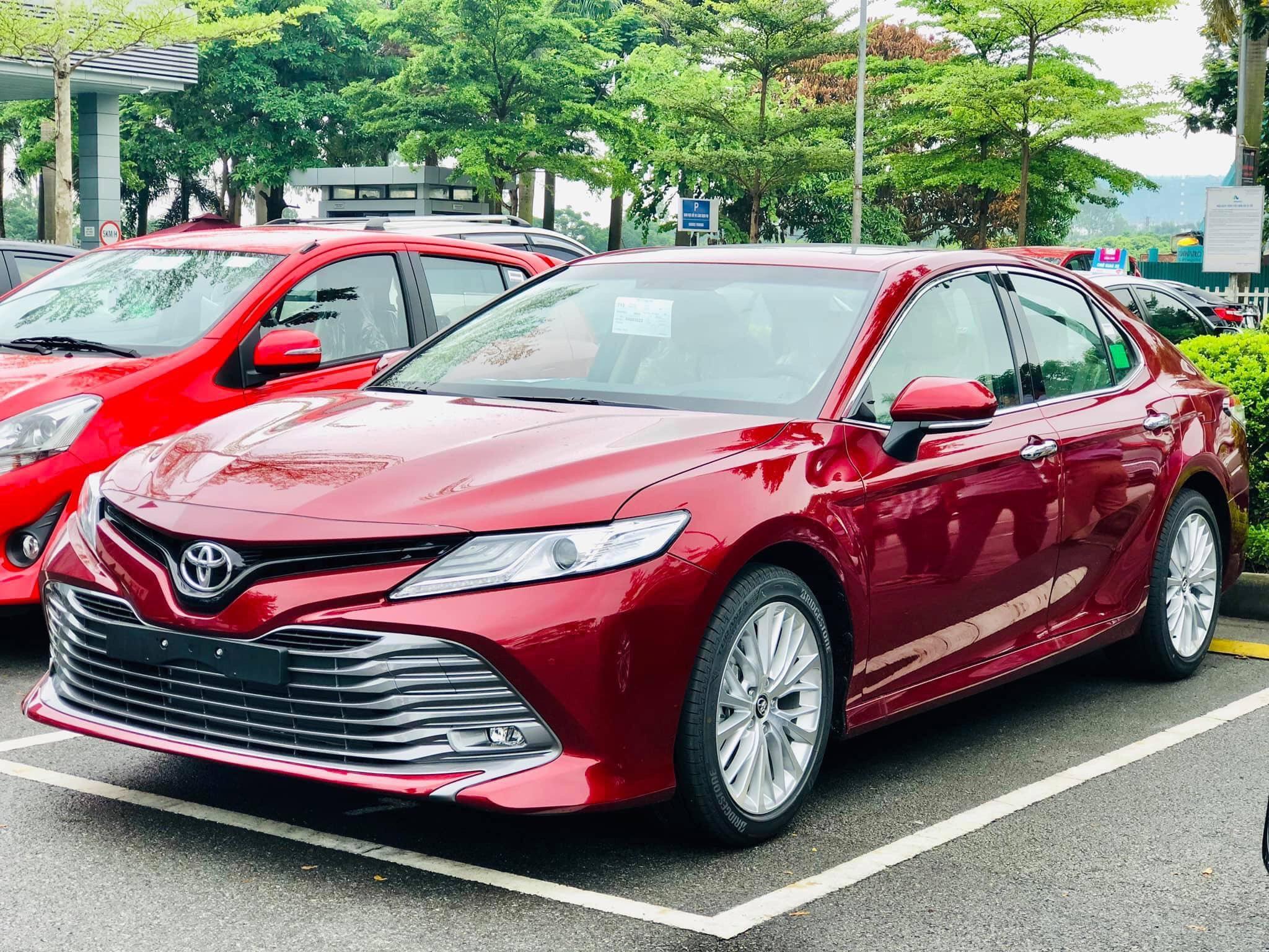 Toyota Camry 2019 nhap khau tai muaxegiabeo 4 - Toyota Camry: giá xe và khuyến mãi cập nhật tháng [hienthithang]/[hienthinam]