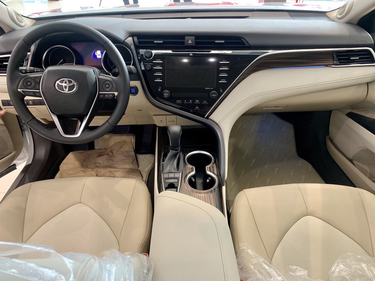 Toyota Camry 2019 nhap khau tai muaxegiabeo 5 - Toyota Camry: giá xe và khuyến mãi cập nhật tháng [hienthithang]/[hienthinam]