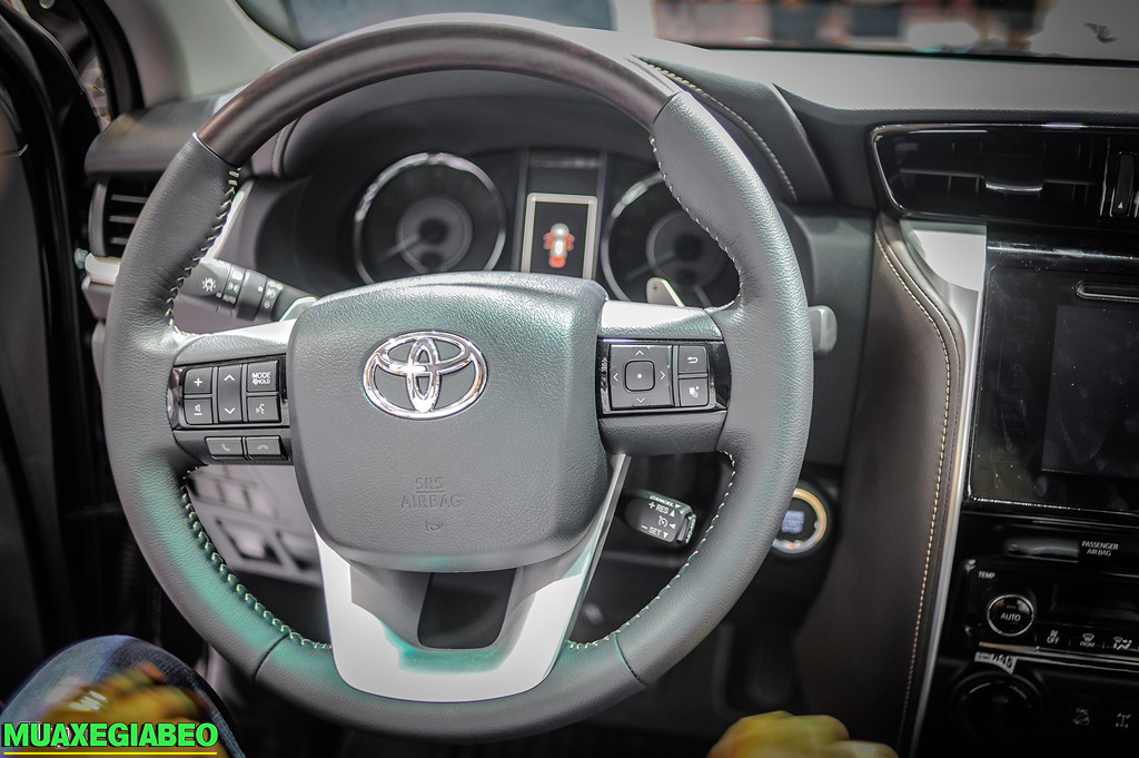 Toyota Fortuner ảnh 3 - Toyota Fortuner: giá xe và khuyến mãi cập nhật tháng [hienthithang]/[hienthinam]