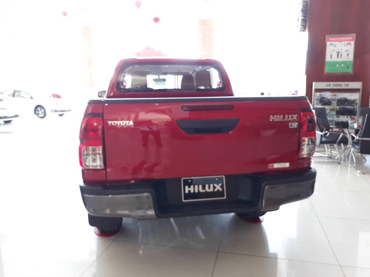 Hinh anh Toyota Hilux 2.4E AT - Hilux 2020: giá xe và khuyến mãi cập nhật tháng [hienthithang]