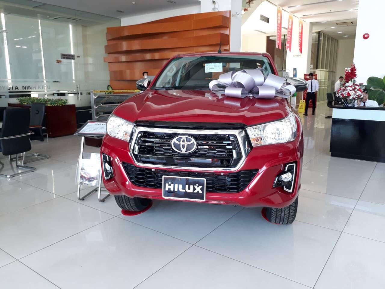 Hinh anh Toyota Hilux 2.4E AT 3 - Bảng giá xe Toyota [hienthinam] được cập nhật liên tục