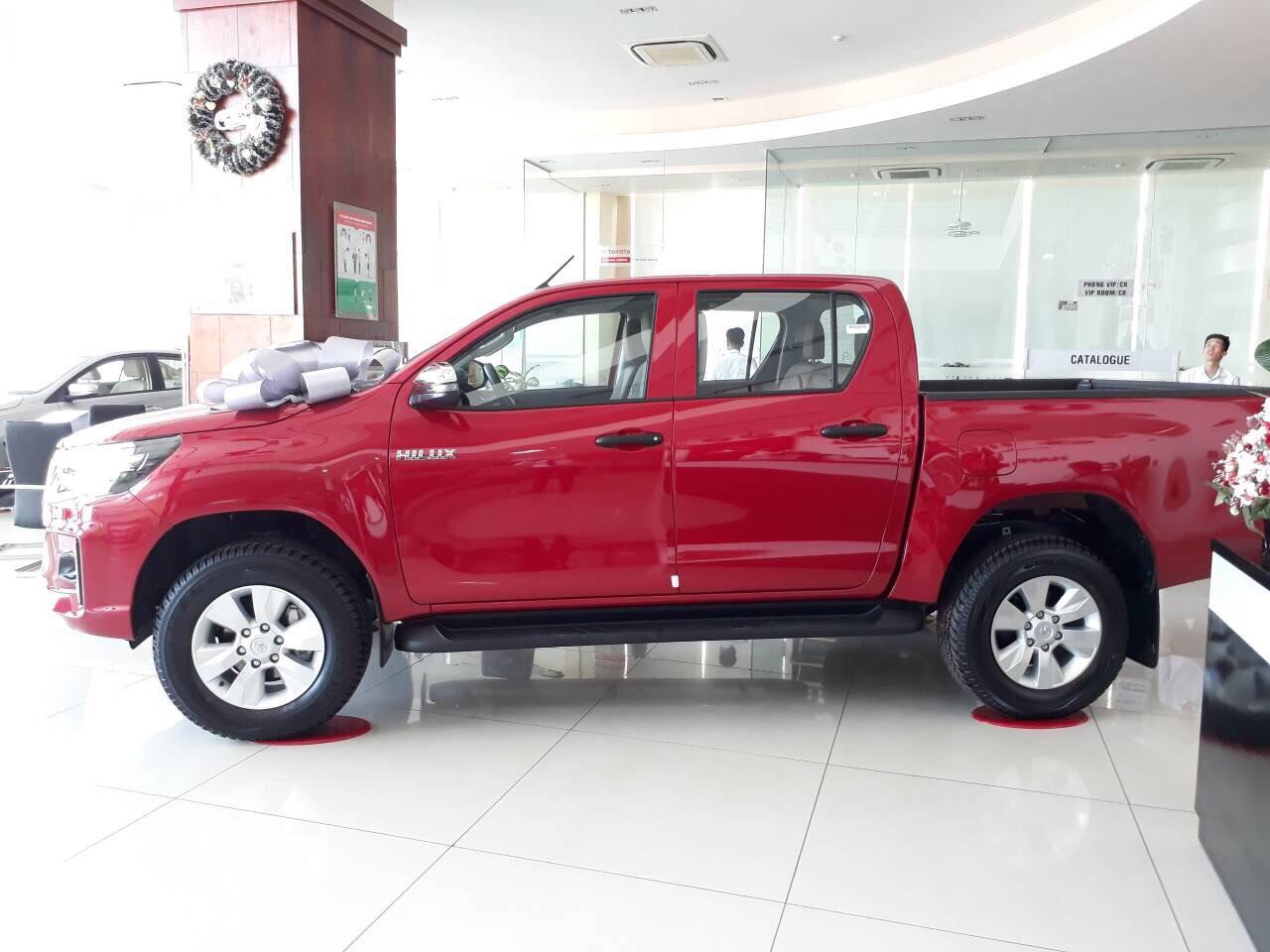 Hinh anh Toyota Hilux 2.4E AT 6 - Hilux 2020: giá xe và khuyến mãi cập nhật tháng [hienthithang]