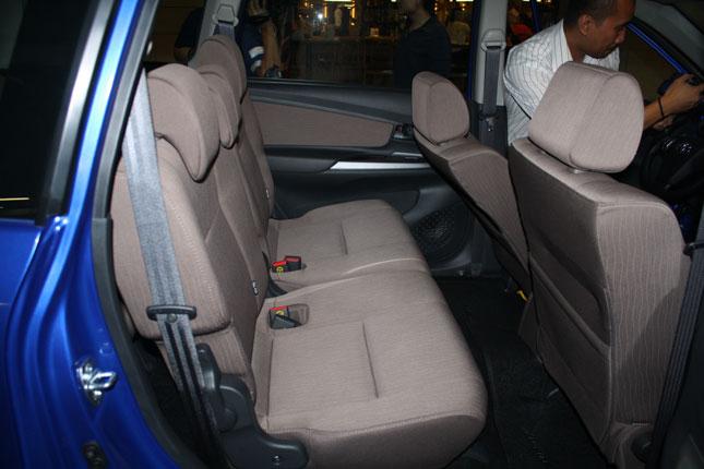 Toyota Avanza màu xanh ảnh 17 - Avanza 1.5 AT [hienthinam] (số tự động): giá xe và khuyến mãi