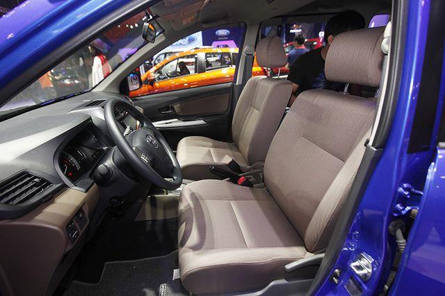 Toyota Avanza màu xanh ảnh 24 - Toyota Avanza: thông số và giá xe tháng [hienthithang]