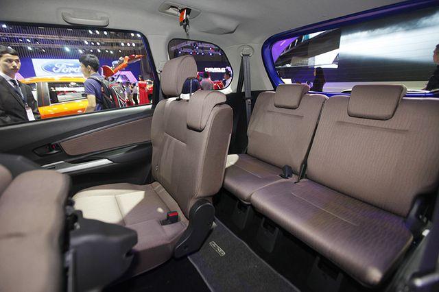 Toyota Avanza màu xanh ảnh 25 - Avanza 1.5 AT [hienthinam] (số tự động): giá xe và khuyến mãi