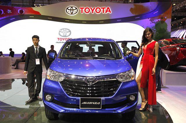 Toyota Avanza màu xanh ảnh 27 - Toyota Avanza: thông số và giá xe tháng [hienthithang]