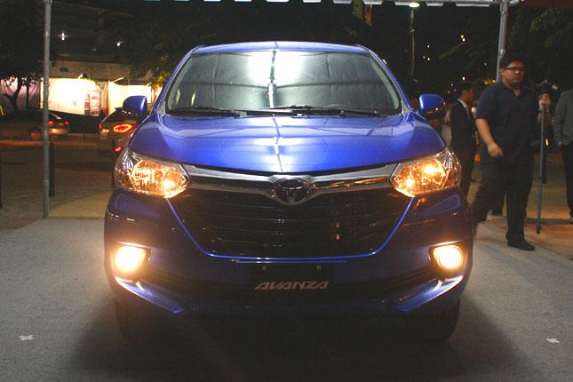 Toyota Avanza màu xanh ảnh 9 - Giới thiệu Toyota Việt Nam