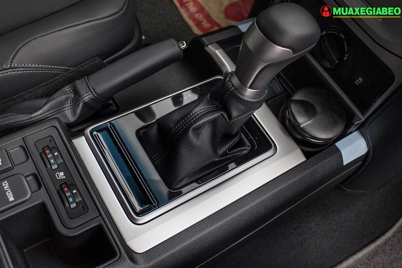 Toyota Prado ảnh 13 - Land Cruiser và Prado: Thông số, hình ảnh và giá xe năm [hienthinam]
