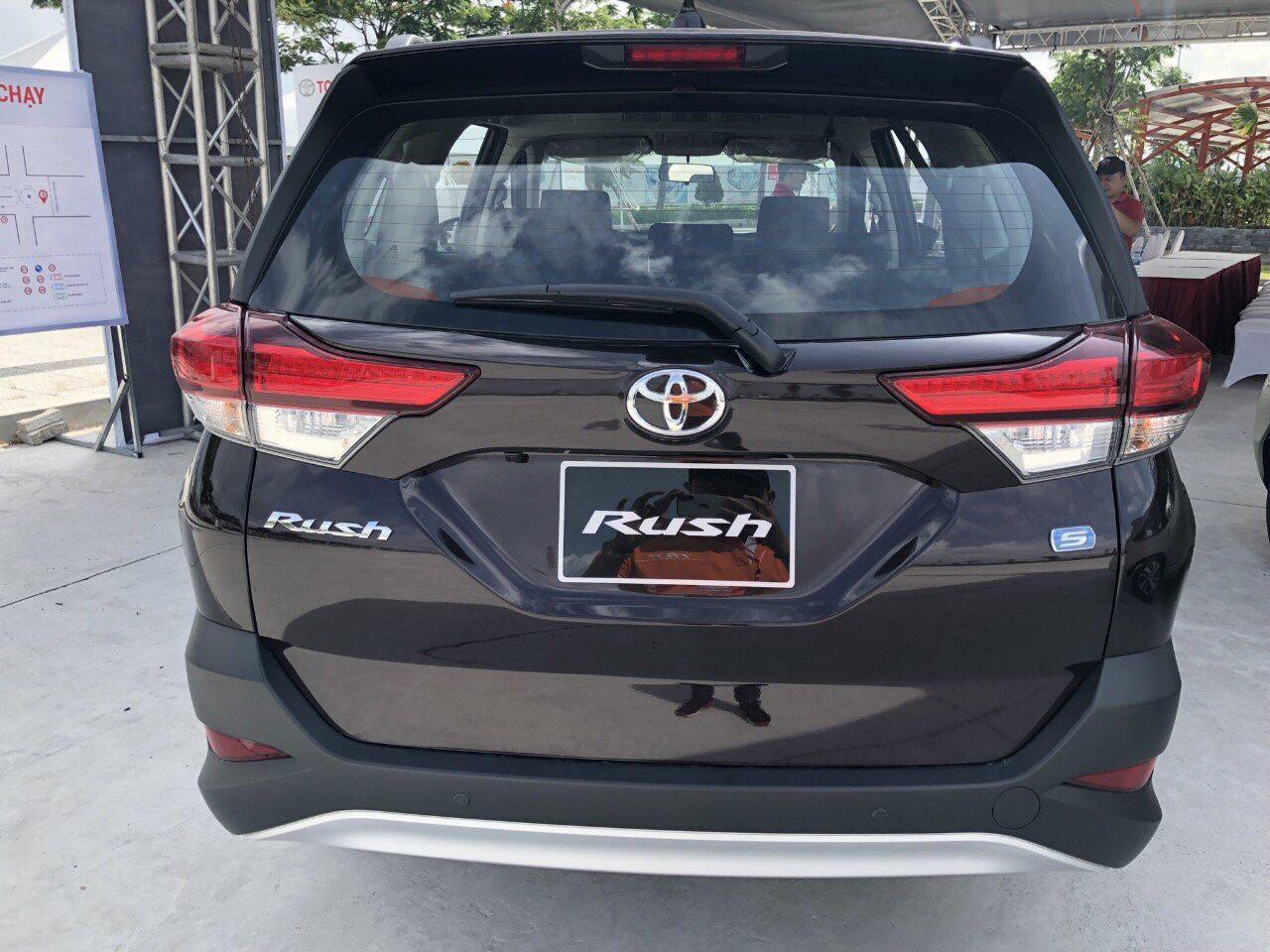 Toyota Rush màu nâu ảnh 11 - Toyota Rush: giá xe và khuyến mãi tháng [hienthithang]
