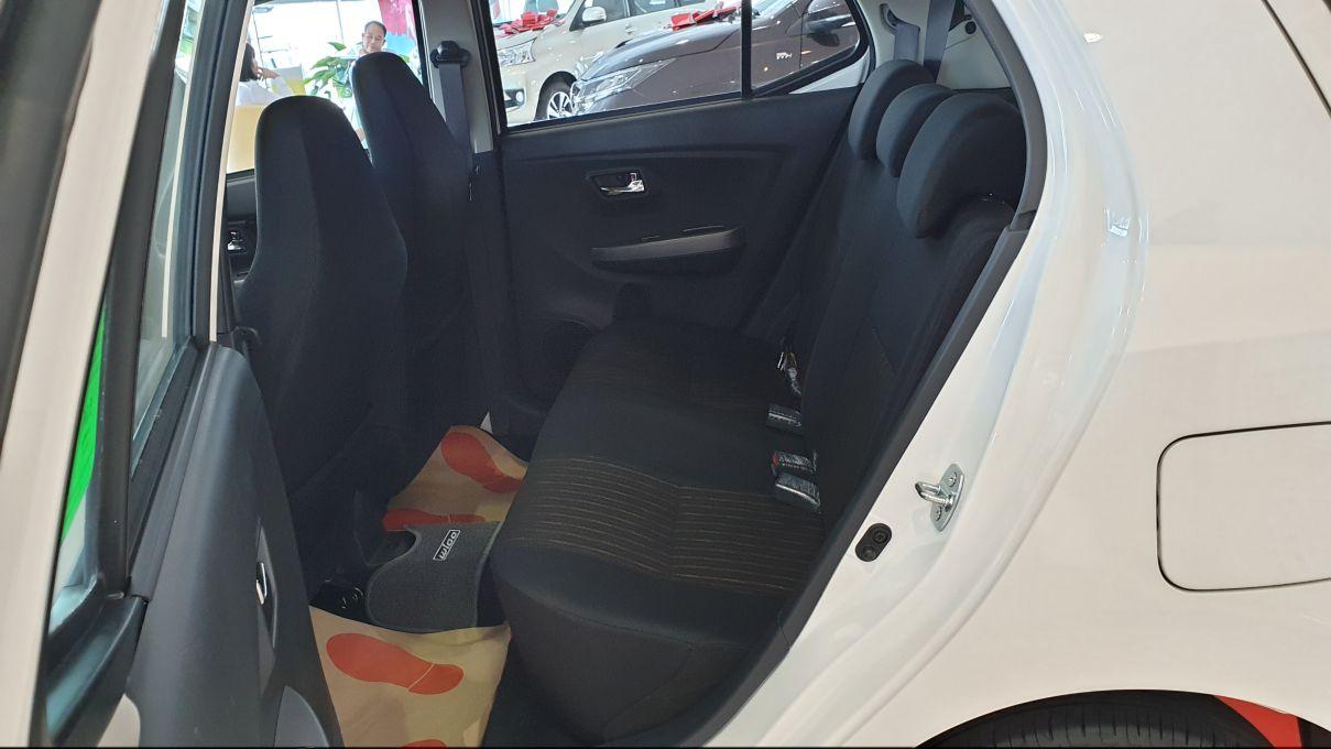 Toyota Wigo 1.2 MT Mẫu xe thành thị sang trọng giá hời đã có mặt tại VN ảnh 10 - Wigo 1.2MT [hienthinam] (số sàn): giá xe và khuyến mãi mới