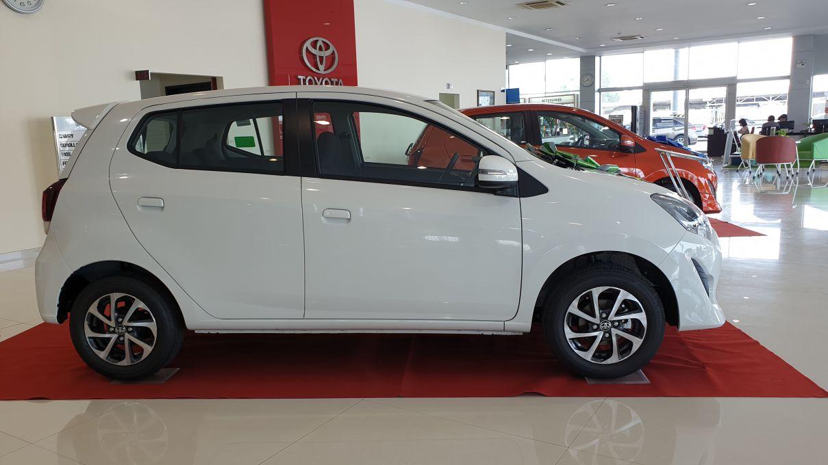 Toyota Wigo 1.2 MT Mẫu xe thành thị sang trọng giá hời đã có mặt tại VN ảnh 3 - Wigo 1.2MT [hienthinam] (số sàn): giá xe và khuyến mãi mới