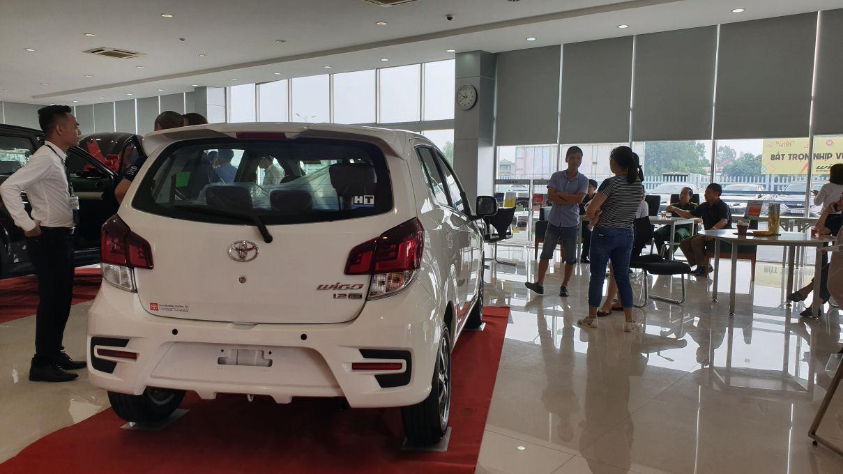 Toyota Wigo 1.2 MT Mẫu xe thành thị sang trọng giá hời đã có mặt tại VN ảnh 4 - Wigo 1.2MT [hienthinam] (số sàn): giá xe và khuyến mãi mới