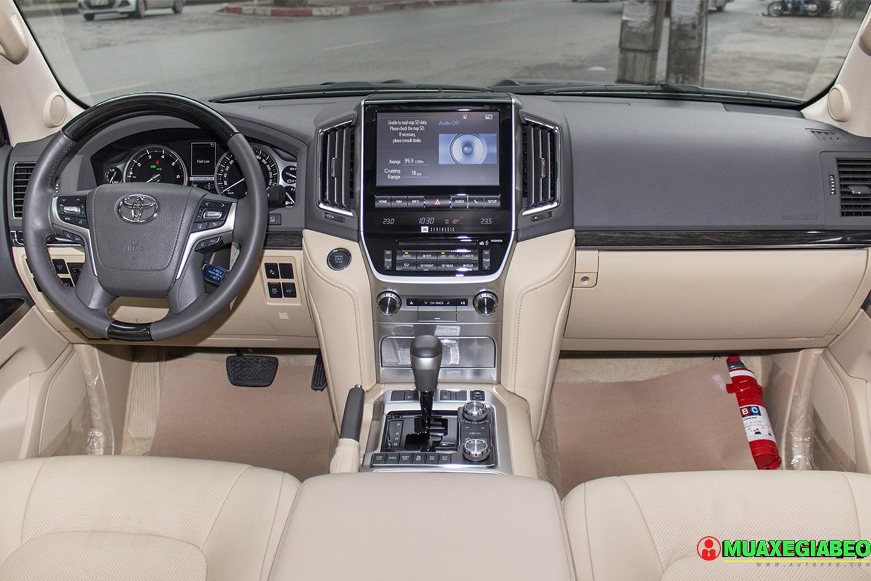 Xe Land Cruiser v8 ảnh 10 - Land Cruiser và Prado: Thông số, hình ảnh và giá xe năm [hienthinam]