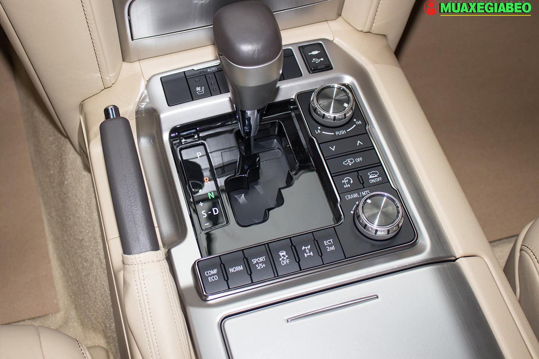 Xe Land Cruiser v8 ảnh 13 - Land Cruiser và Prado: Thông số, hình ảnh và giá xe năm [hienthinam]