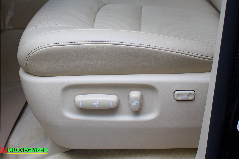 Xe Land Cruiser v8 ảnh 15 - Land Cruiser và Prado: Thông số, hình ảnh và giá xe năm [hienthinam]