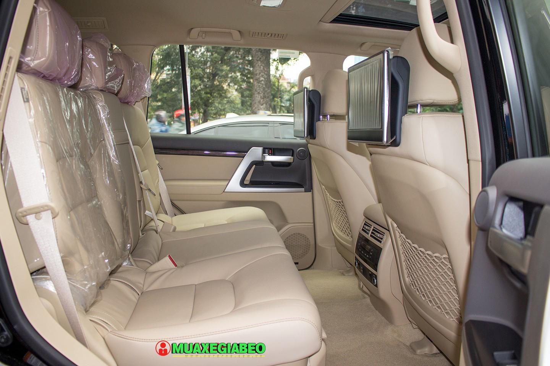 Xe Land Cruiser v8 ảnh 18 - Land Cruiser và Prado: Thông số, hình ảnh và giá xe năm [hienthinam]