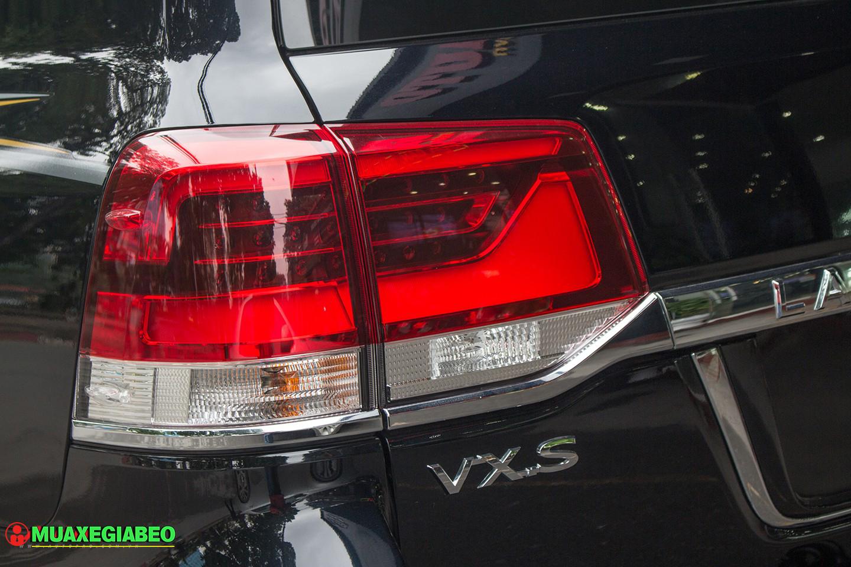Xe Land Cruiser v8 ảnh 5 - Land Cruiser và Prado: Thông số, hình ảnh và giá xe năm [hienthinam]