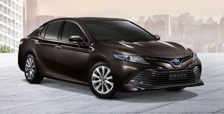 Camry 2019 nhập khẩu màu nâu đậm - Camry 2019: khuyến mãi và giá xe cập nhật tháng [hienthithang]