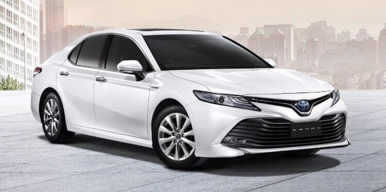 Camry 2019 nhập khẩu màu trắng - Camry 2019: khuyến mãi và giá xe cập nhật tháng [hienthithang]