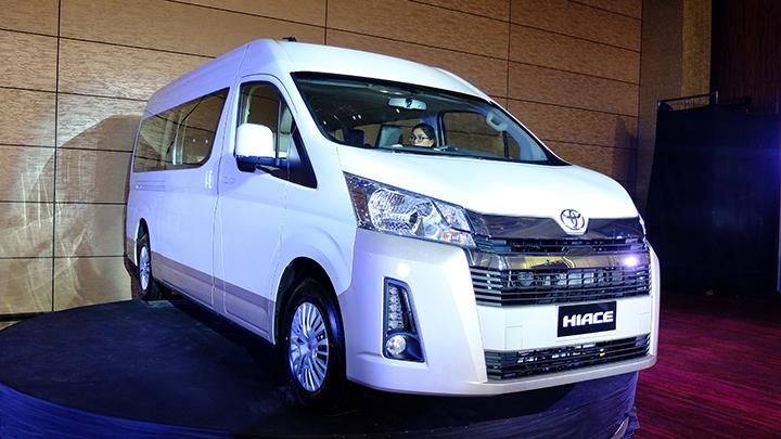 Toyota Hiace 16 chỗ máy dầu ảnh 16 - Bảng giá xe Toyota [hienthinam] được cập nhật liên tục