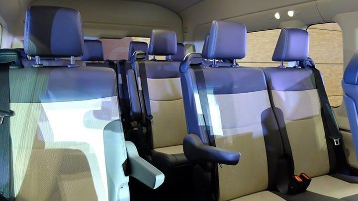 Toyota Hiace 16 chỗ máy dầu ảnh 37 - Toyota Hiace: khuyến mãi và giá xe cập nhật tháng [hienthithang]/[hienthinam]