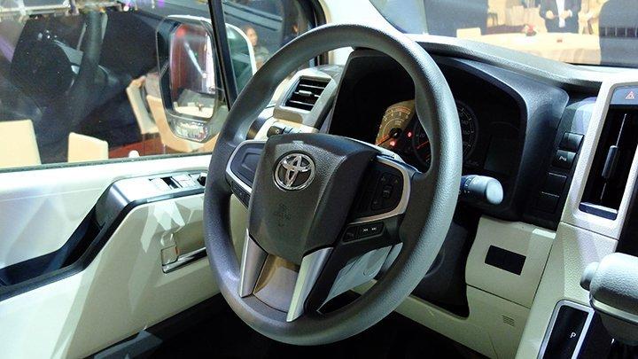 Toyota Hiace 16 chỗ máy dầu ảnh 40 - Toyota Hiace: khuyến mãi và giá xe cập nhật tháng [hienthithang]/[hienthinam]