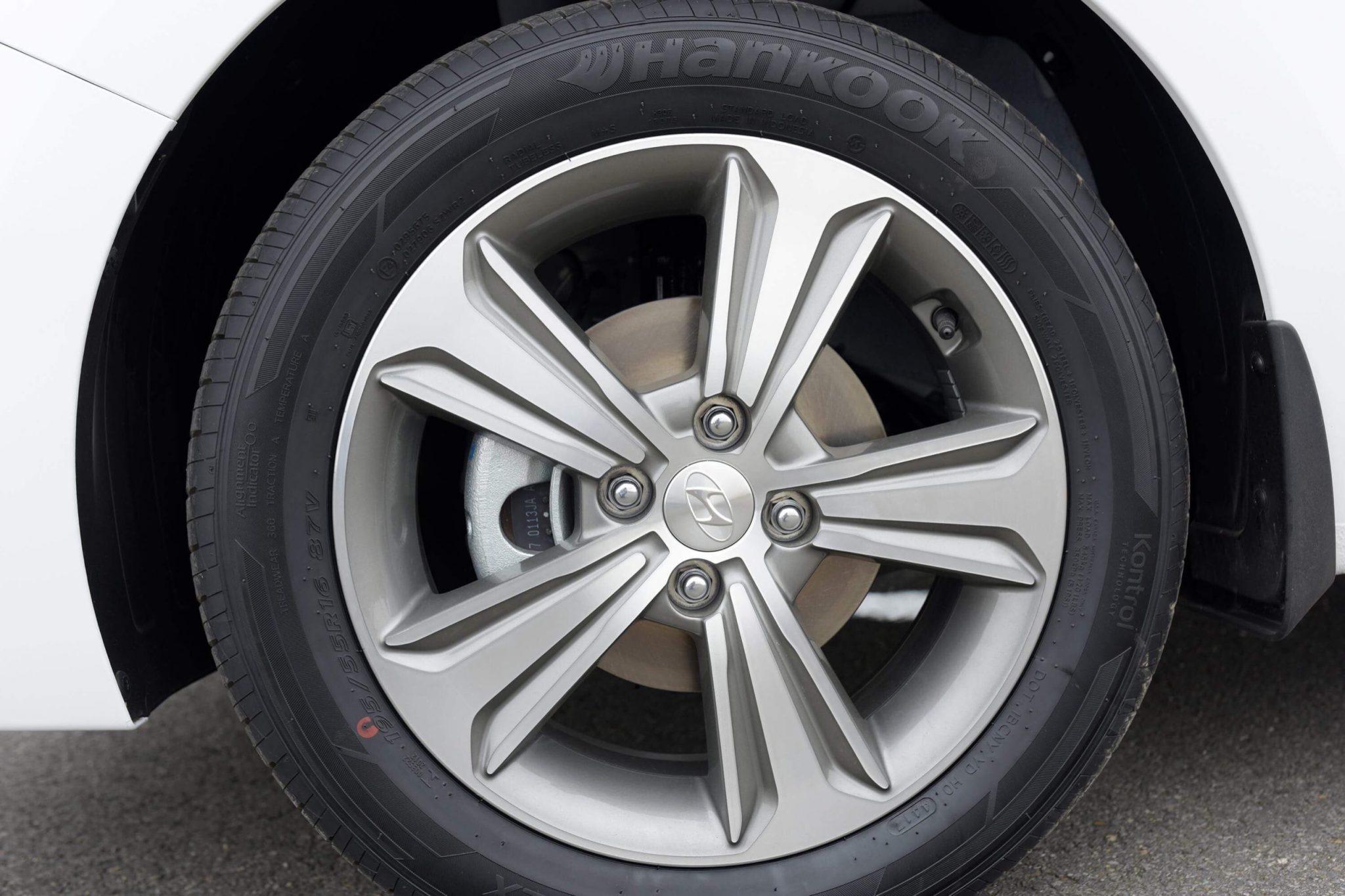 Hyundai accent anh 24 - Hyundai Accent mới: giá xe và khuyến mãi tháng [hienthithang]/[hienthinam]