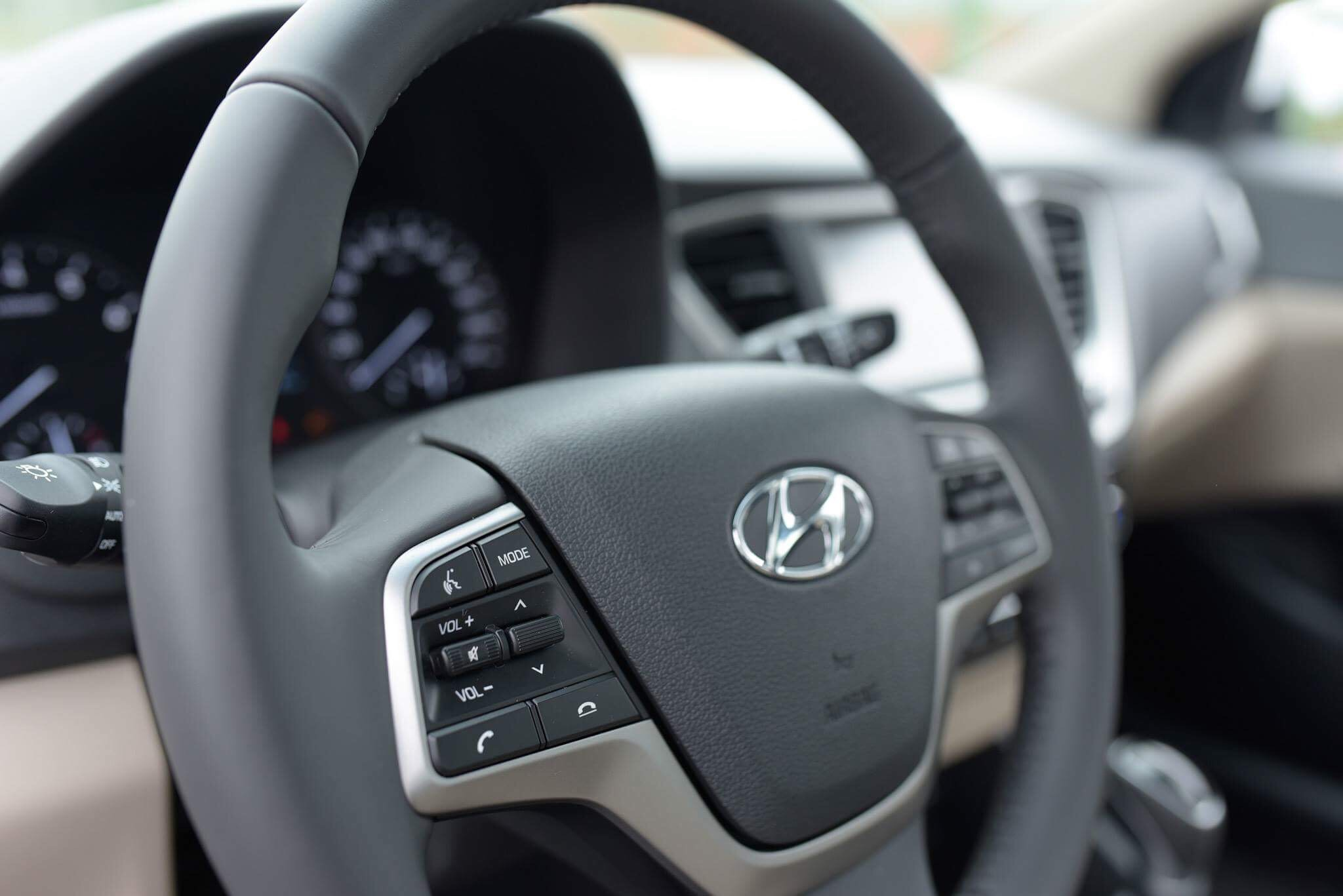 Hyundai accent anh 31 - Hyundai Accent mới: giá xe và khuyến mãi tháng [hienthithang]/[hienthinam]