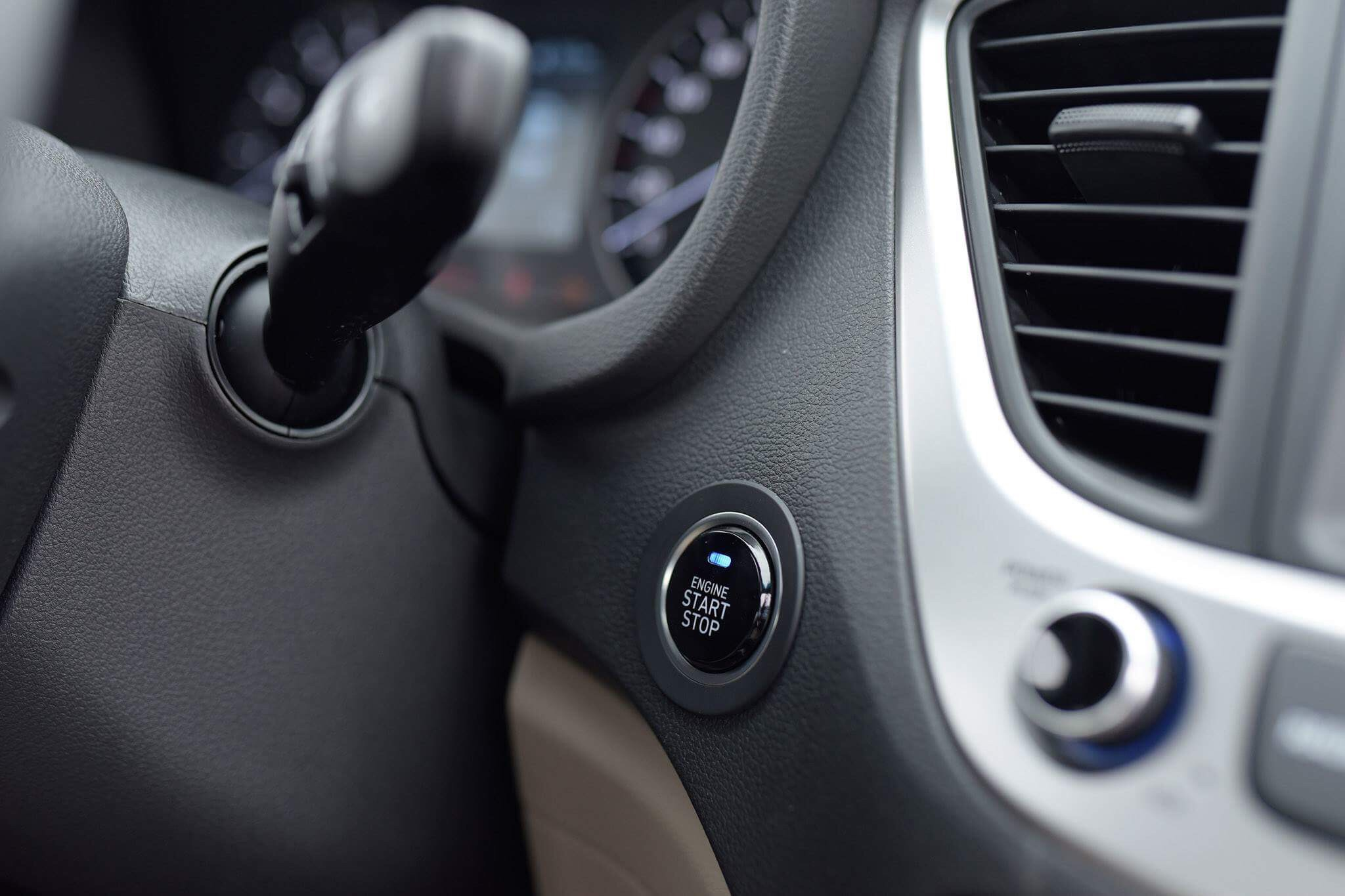Hyundai accent anh 32 - Hyundai Accent mới: giá xe và khuyến mãi tháng [hienthithang]/[hienthinam]