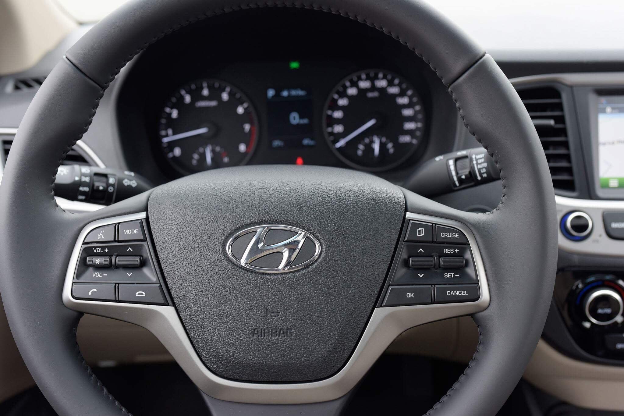 Hyundai accent anh 34 - Hyundai Accent mới: giá xe và khuyến mãi tháng [hienthithang]/[hienthinam]