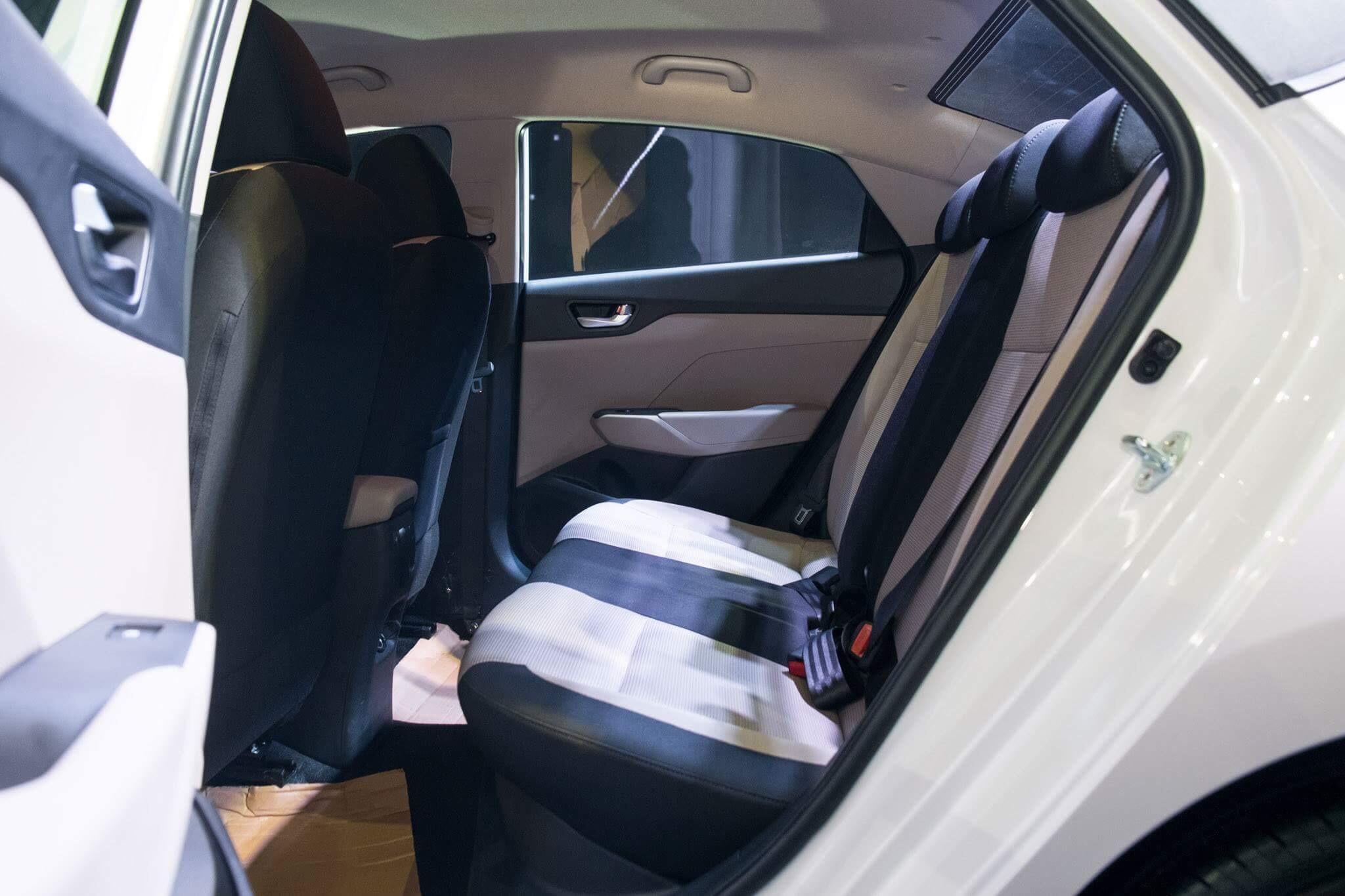 Hyundai accent anh 37 - Hyundai Accent mới: giá xe và khuyến mãi tháng [hienthithang]/[hienthinam]