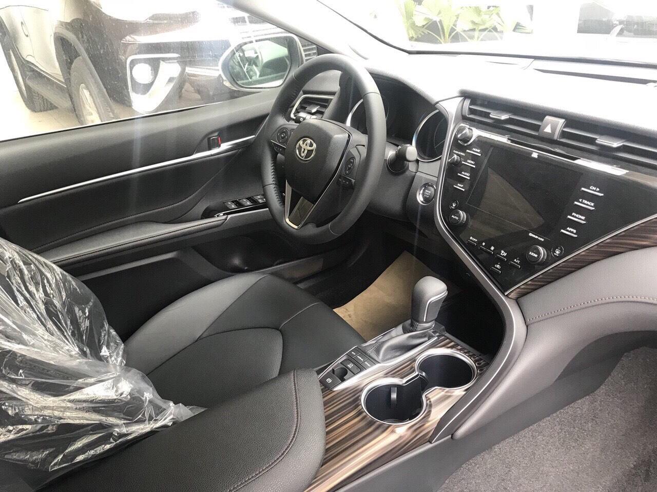 Toyota Camry 2.5Q ảnh 12 - Camry 2.5Q [hienthinam]: giá xe và khuyến mãi tháng [hienthithang]