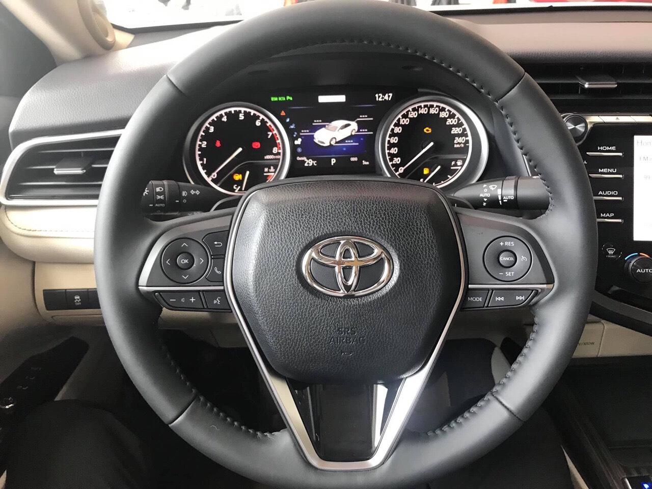 Toyota Camry 2.5Q ảnh 15 - Camry 2.5Q [hienthinam]: giá xe và khuyến mãi tháng [hienthithang]