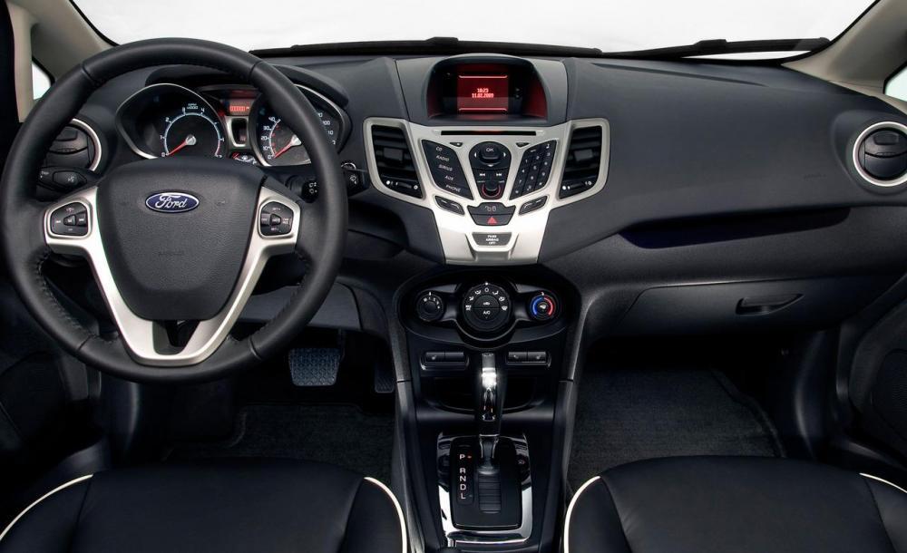 ford fiesta anh 2 - Ford Fiesta [hienthinam]: thông số, giá xe & khuyến mãi tháng [hienthithang]