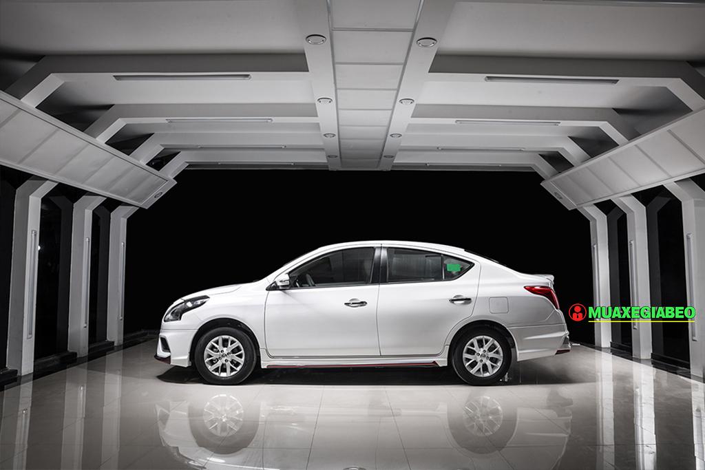 nissan sunny anh 10 - Nissan Sunny [hienthinam]: giá xe và khuyến mãi tháng [hienthithang]