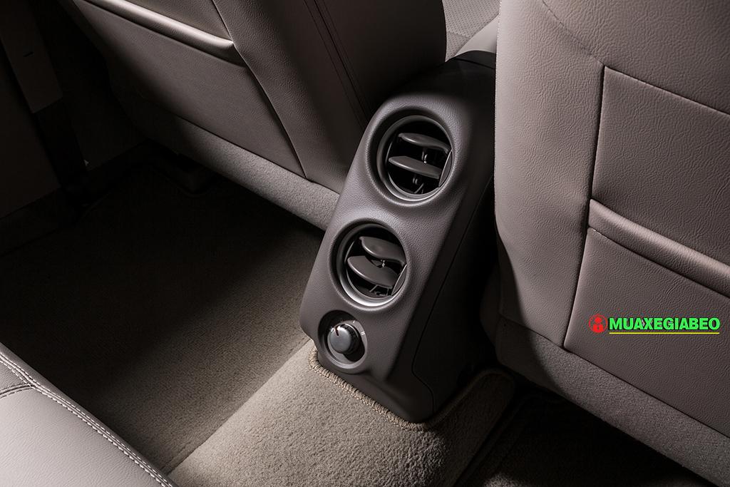 nissan sunny anh 17 - Nissan Sunny [hienthinam]: giá xe và khuyến mãi tháng [hienthithang]