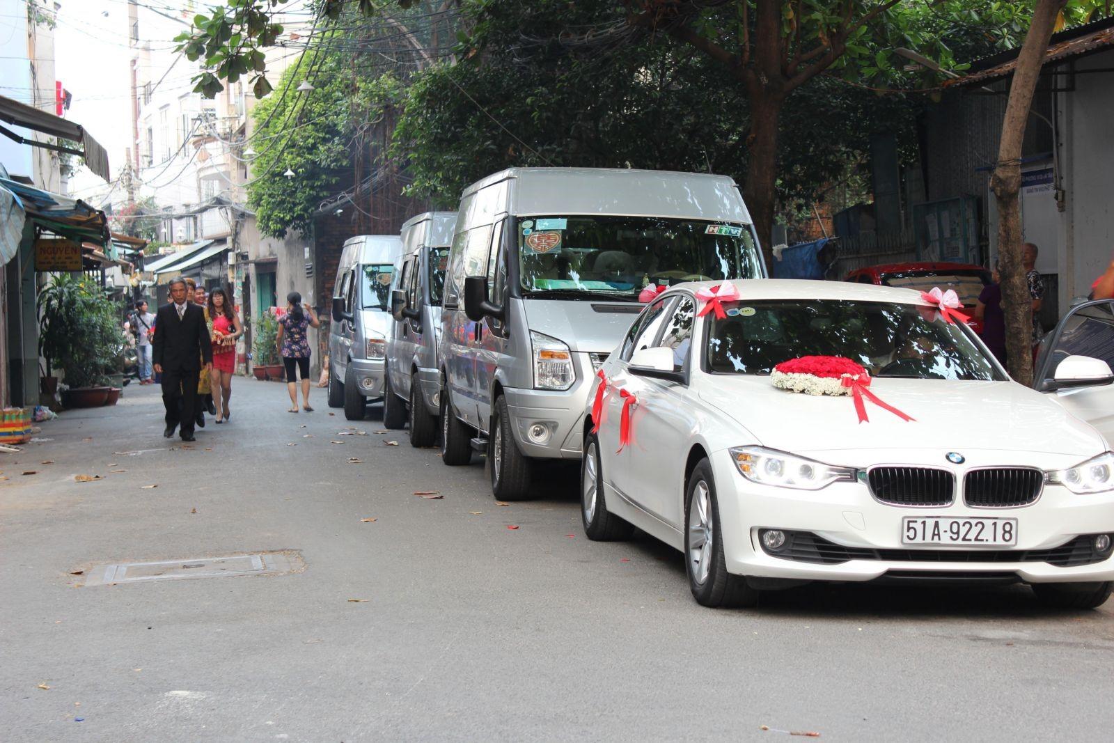 thuê xe du lịch ảnh 6 - Dịch vụ cho Thuê xe Ô tô 4c, 7c, 16c uy tính và giá cả hợp lý